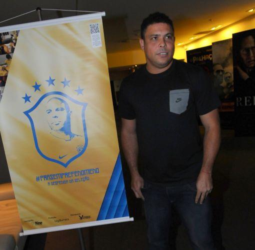 O ex-jogador Ronaldo na primeira exibição do documentário