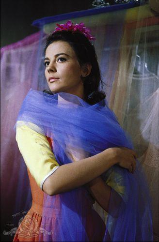 Natalie wood em cena de west side story de 1961 divulgação mais