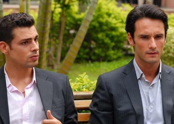 Cauã Reymond e Rodrigo Santoro estrelam o filme ''Meu País''