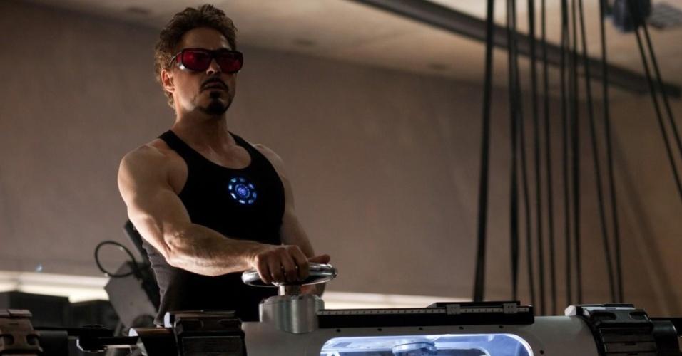 Robert Downey Jr. em cena de ''Homem de Ferro 2''