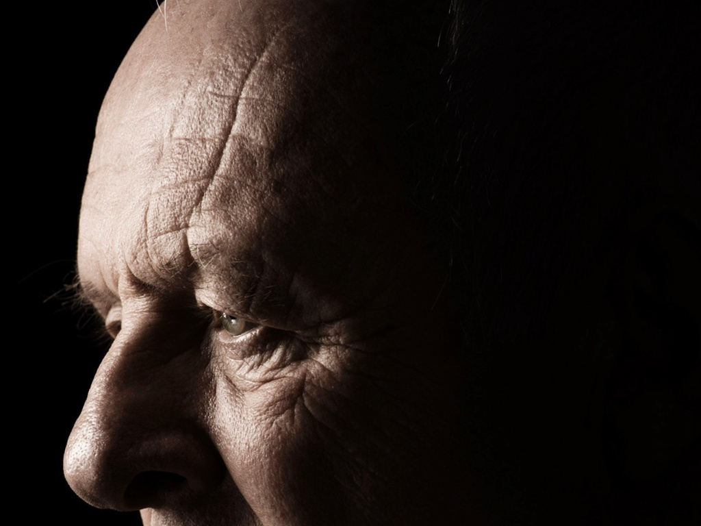 Anthony Hopkins interpreta um padre em ''O Ritual''