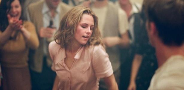 Kristen Stewart aparece loira como Marylou em imagem de ''On The Road''