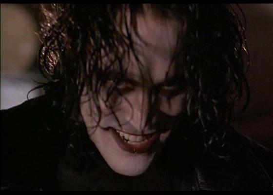 """Cena do filme """"O Corvo"""" (1994)"""