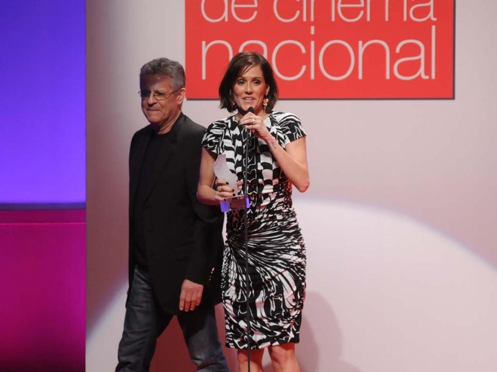 Deborah Secco é escolhida melhor atriz no Prêmio Contigo de Cinema Nacional, por seu papel em