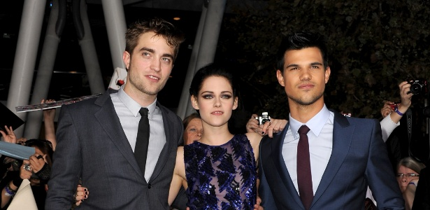 Os atores Robert Pattinson, Kristen Stewart e Taylor Lautner em Los Angeles