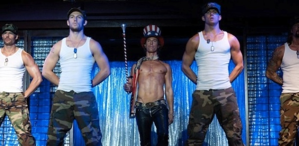 "O ator Matthew McConaughey em primeira cena do filme ""Magic Mike"", sobre strippers americanos"