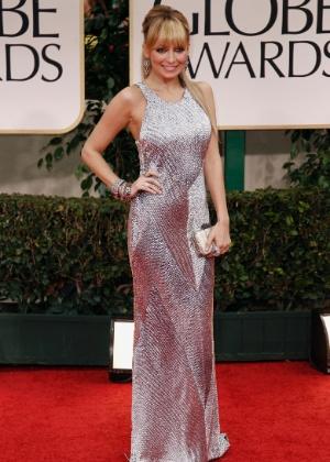 Nicole Richie chega à 69º edição do Globo de Ouro (15/1/12)