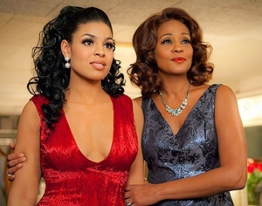 Jordin Sparks e Whitney Houston em cena do filme 'Sparkle'