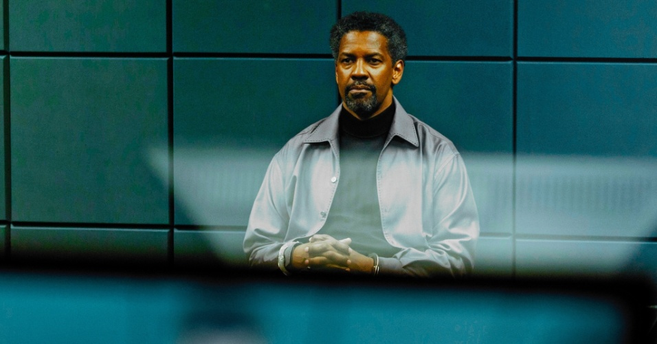 "Denzel Washington em cena do filme ""Safe House"""
