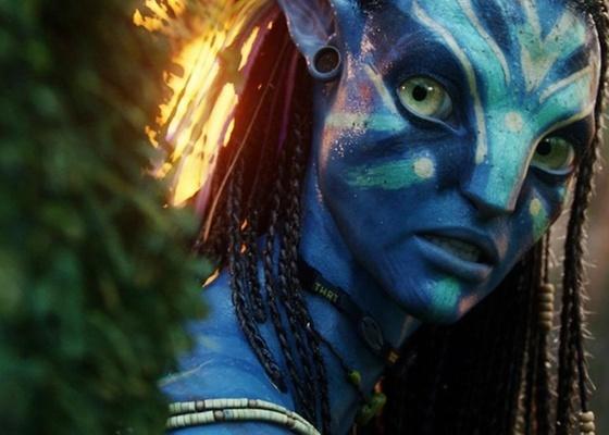 Neytiri (Zoe Saldana) é uma Na'vi em ''Avatar'', filme de James Cameron