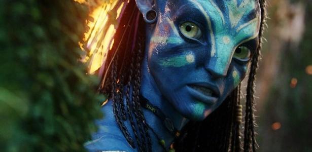 """Neytiri (Zoe Saldana) é uma Na""""vi em """"""""Avatar"""""""", filme de James Cameron - Divulgação"""