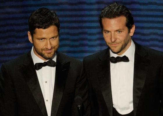 Gerard Butler e Bradley Cooper apresentam uma categoria na 82ª cerimônia de entrega dos prêmios Oscar (07/03/21010)