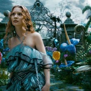 """Cena de """"Alice no País Das Maravilhas"""", filme de Tim Burton - Divulgação"""