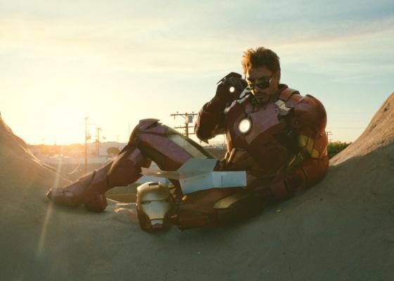 Robert Downey Jr é Tony Stark e o Homem de Ferro na continuação do filme sobre o herói - Divulgação