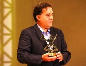 Tony Ramos recebe homenagem especial no Festival do Recife, em 2010