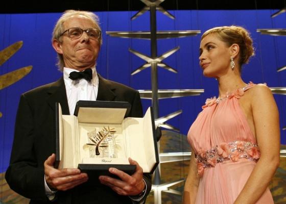 Ken Loack recebe a Palma de Ouro por por Ventos da Liberdade em 2006