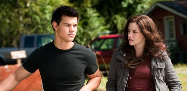 No papel de Jacob, Taylor Lautner disputa o amor de Bella (Kristen Stewart) com Edward (Robert Pattinson)
