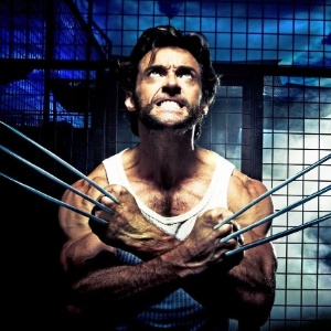 O ator Hugh Jackman interpretando Wolverine