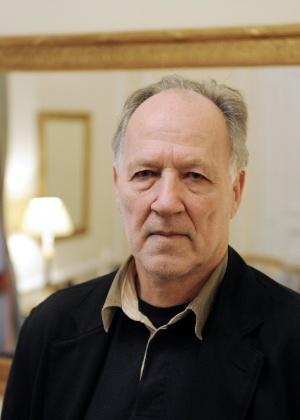 Werner Herzog, cineasta alemão, é fotografado em Paris, na França (2/03/2009)