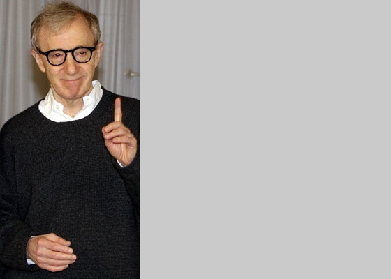 Woody Allen participa de première na Itália (21/12/2005)