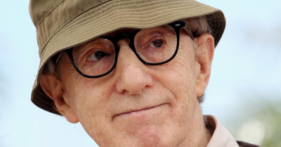 Woody Allen participa do Festival de Cannes, na França, em maio de 2010