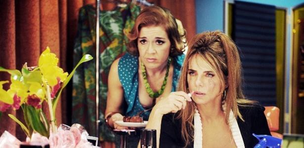"""As atrizes Maria Pujalte (como Aura) e Bruna Lombardi (como Teodora) em cena de """"Onde Está a Felicidade?"""", de Carlos Alberto Riccelli"""