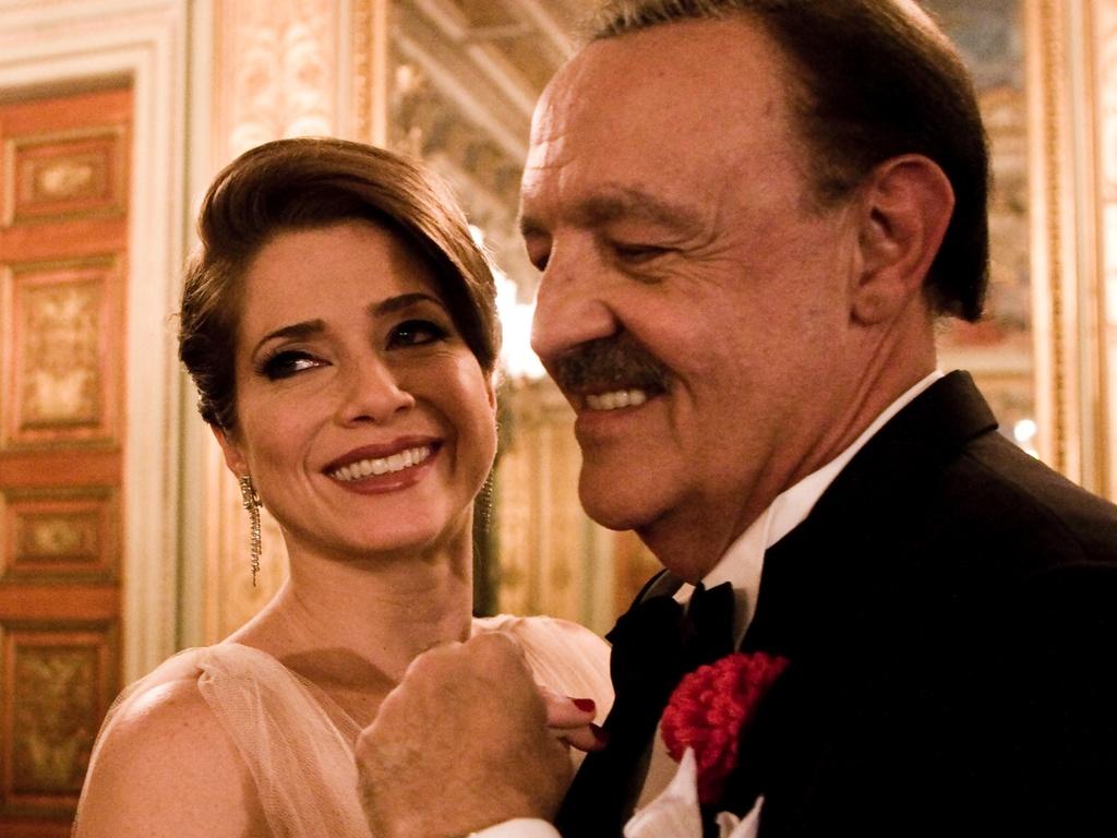 Letícia Spiller e Ney Latorraca em cena do filme