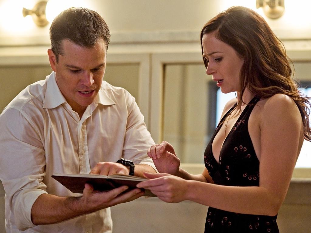Matt Damon e Emily Blunt vivem romance no filme de suspense ''Os Agentes do Destino
