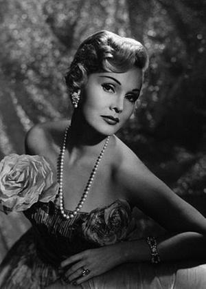 A atriz Zsa Zsa Gabor, em imagem de 1953