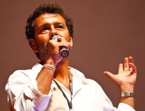 Marcos Palmeira fala com a plateia do Festival de Recife 2011