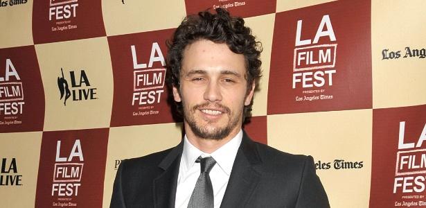 O ator James Franco chega ao Los Angeles Film Fest para participar de um bate-papo (20/06/2011)