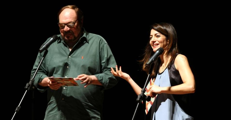 """Rubens Ewald Filho e Marina Person apresentam o filme """"Transeunte"""", de Eryc Rocha, no Festival de Cinema de Paulínia (11/7/11)"""