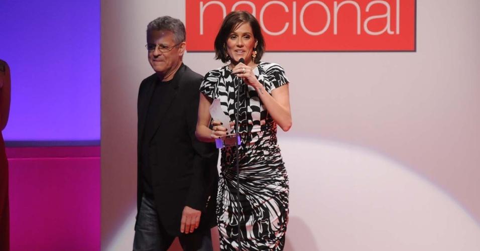 """Deborah Secco é escolhida melhor atriz no Prêmio Contigo de Cinema Nacional, por seu papel em """"Bruna Surfistinha"""" (12/9/11)"""