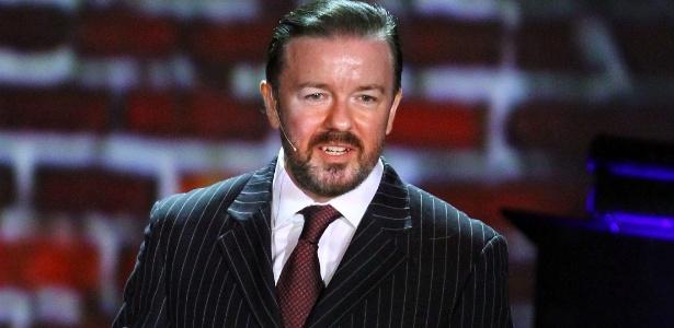 """""""Queria calar os idiotas que acharam que nunca seria convidado a voltar"""", diz o apresentador do Globo de Ouro Ricky Gervais"""