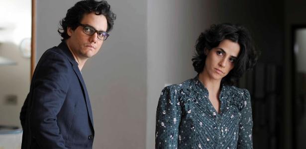 """Wagner Moura e Mariana Lima em cena de """"A Cadeira do Pai"""""""