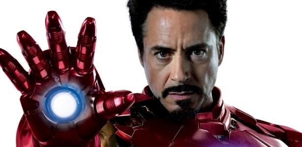 Robert Downey Jr. interpretando o Homem de Ferro