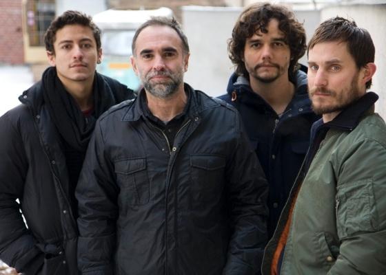 """Da esq. para a dir., Jesuita Barbosa, Karim Aïnouz, Wagner Moura e Clemens Schick, equipe do filme """"Praia do Futuro"""""""