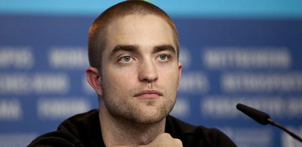 Robert Pattinson, do filme Bel Ami, conversa com a imprensa durante apresentação do filme no Festival de Berlim 2012 (17/2/2012)