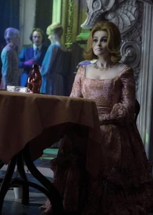 """Helena Bonham-Carter em """"Dark Shadows"""", novo filme de Tim Burton (6/3/12)"""